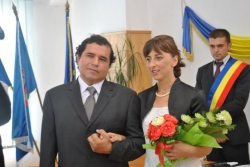 NY Christian single who waited 40 years walks arm in arm with his new Romanian Christian bride
