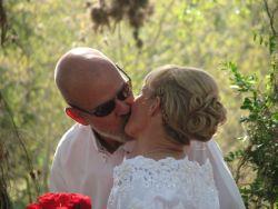 Wedding kiss for Christian seniors