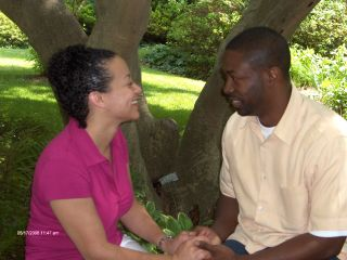 Tennessee Christian man meets Georgian wife for a picnic date