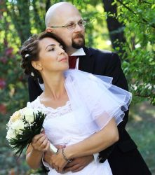 Chris and Ligia on their wedding day