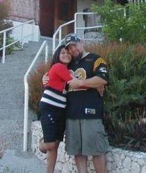 Missouri Christian man meets Filipina fiancee who hugs him closely