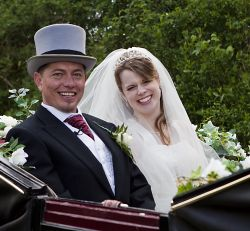 Romantic carriage ride for Christian couple