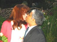Former single Christians kiss after marrying