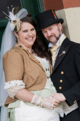 Lara and Andrew celebrate their wedding Victorian steampunk style!
