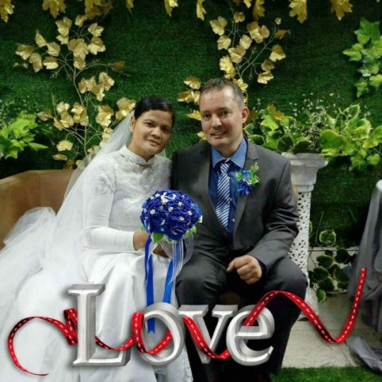 The happy couple on their wedding day!