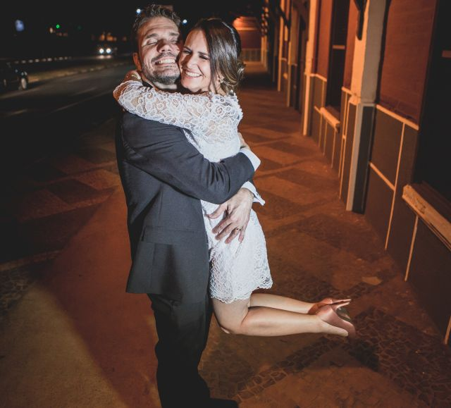 Former Brazilian Christian single jumps into her happy husbands arms and hugs him