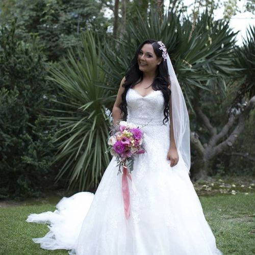 Rayana married - doesn't she look happy!