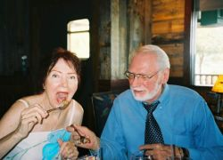 Newlywed senior Christians try eating oysters